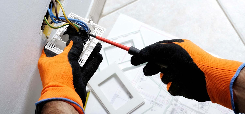 Rewiring socket